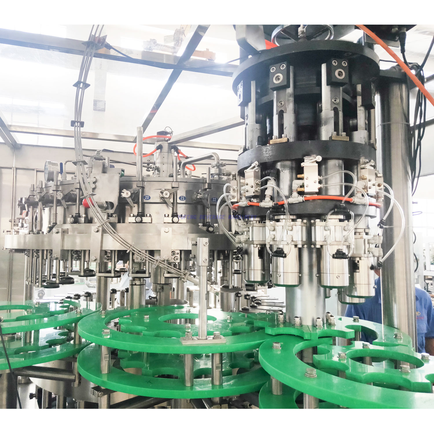 5000BPH Aluminum Bottle Beer Filling Machine